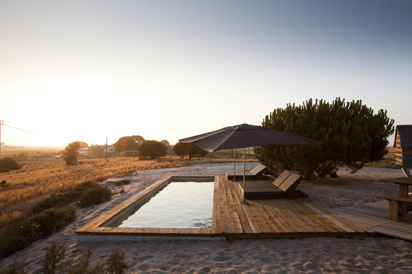 Experience_Living_in_a_Nature_Extension__CasasNaAreia_in_Portugal04.jpg